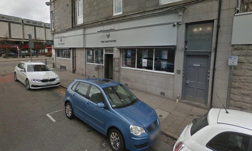 Hawthorn Bar: Pub had social distancing measures in place.