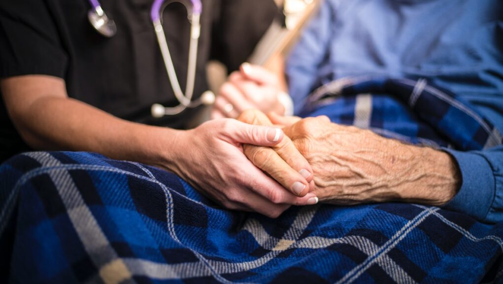 Pressure group hosting talks about possible closure of care homes in Edinburgh.
