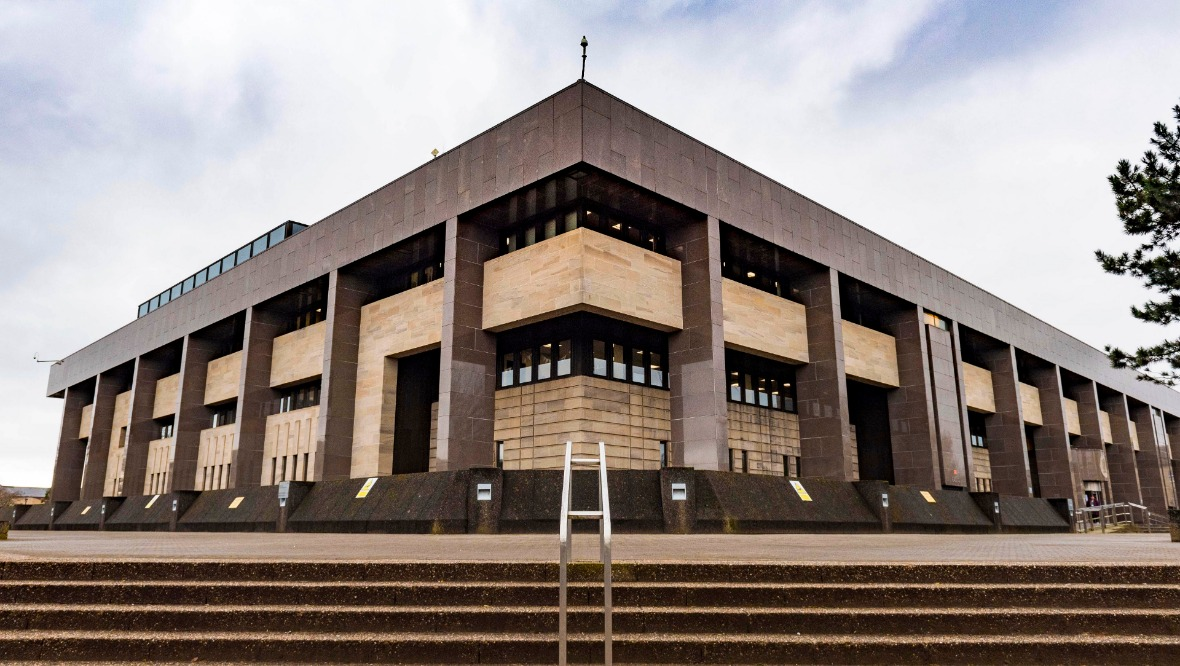 GLASGOW, SCOTLAND - MARCH 25: The Sheriff Court amid the ongoing coronavirus pandemic, on March 25, 2020, in Glasgow, Scotland. (Photo by Mark Scates / SNS Group)