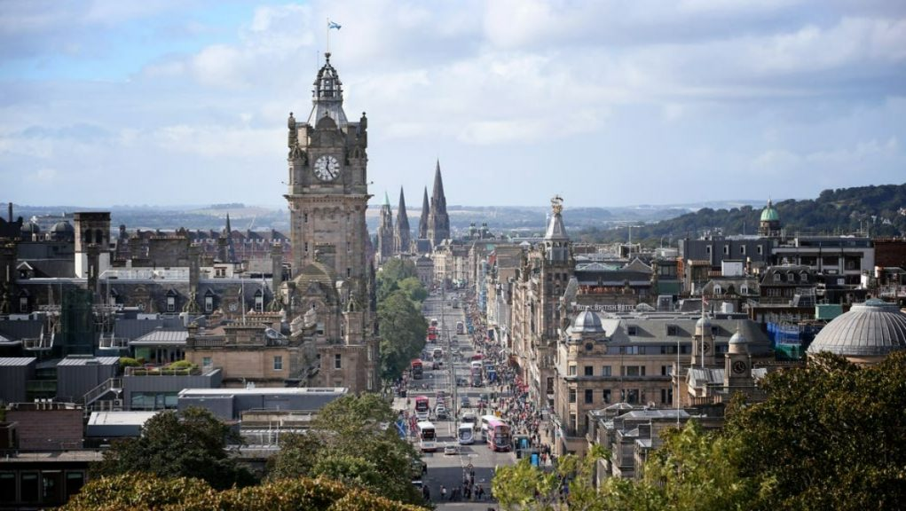 Edinburgh: The LEZ will see older, more polluting vehicles banned from entering the city centre.