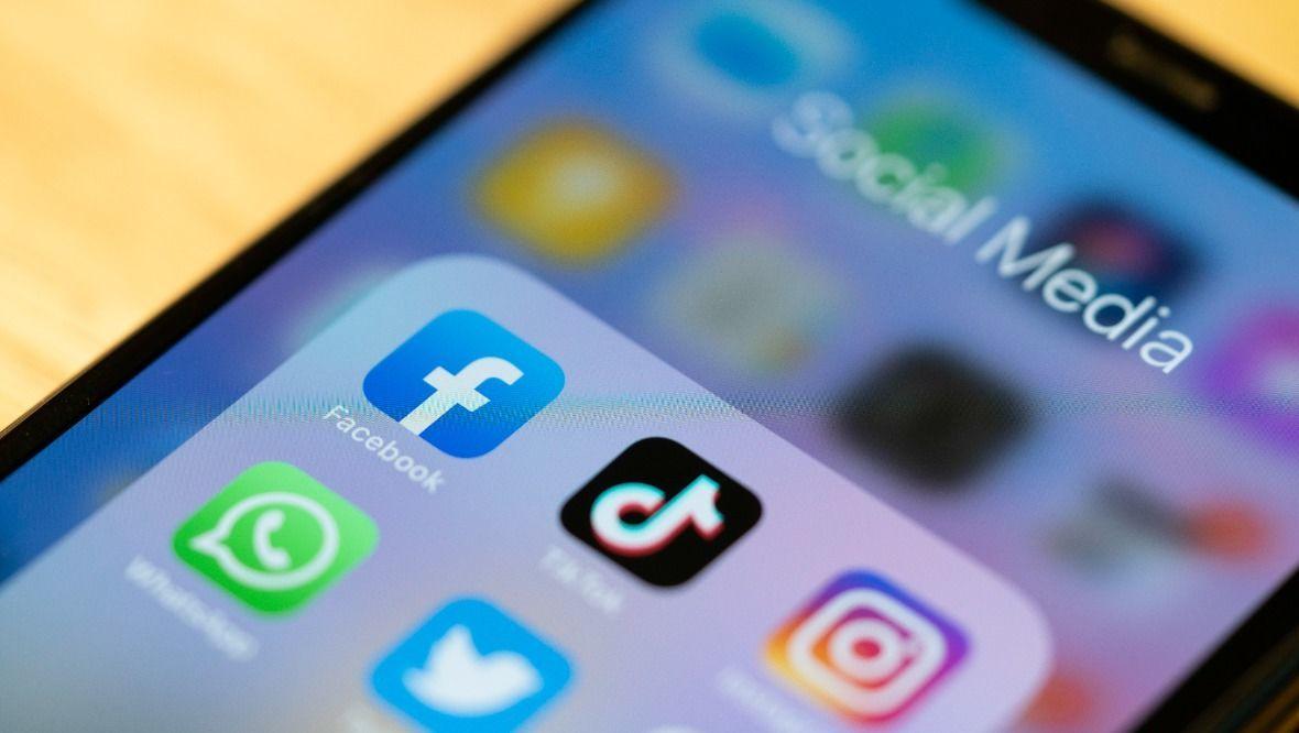 Social media, Facebook, phone.