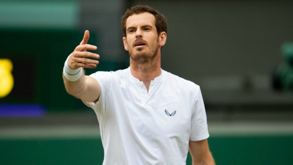 Andy Murray defeated Yannick Maden 6-3 6-1 in France.