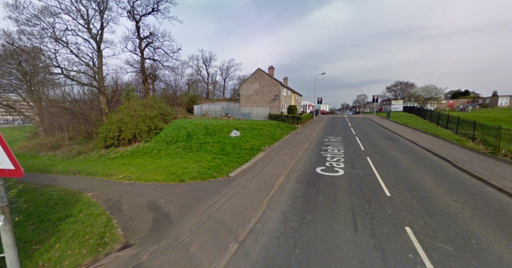 he car, believed to be a blue Ford Mondeo, struck the teenagers.