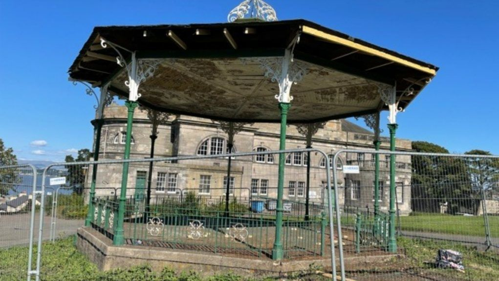 Glebe Park: Repair work on the bandstand is under way.
