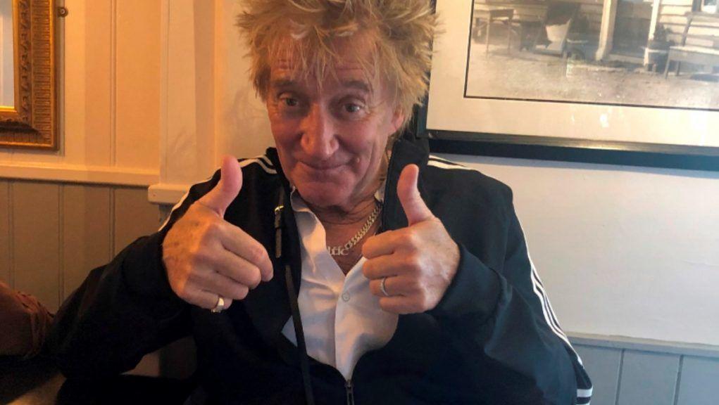 Rod Stewart: Rocker urges pub-goers to keep their distance.