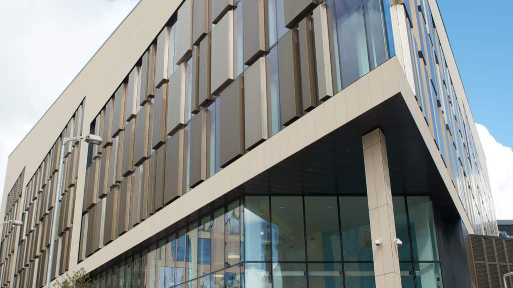 Strathclyde: Former student donates £50m to uni.