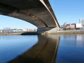Protesters warned not to disrupt Kingston Bridge.